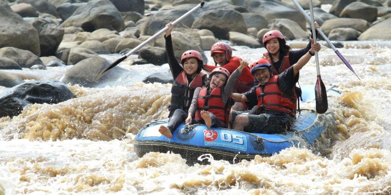 Challenge Lower Progo Rafting
