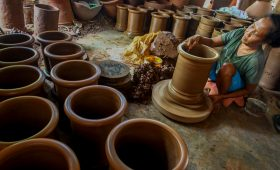 Kasongan Ceramic the center of the village industries
