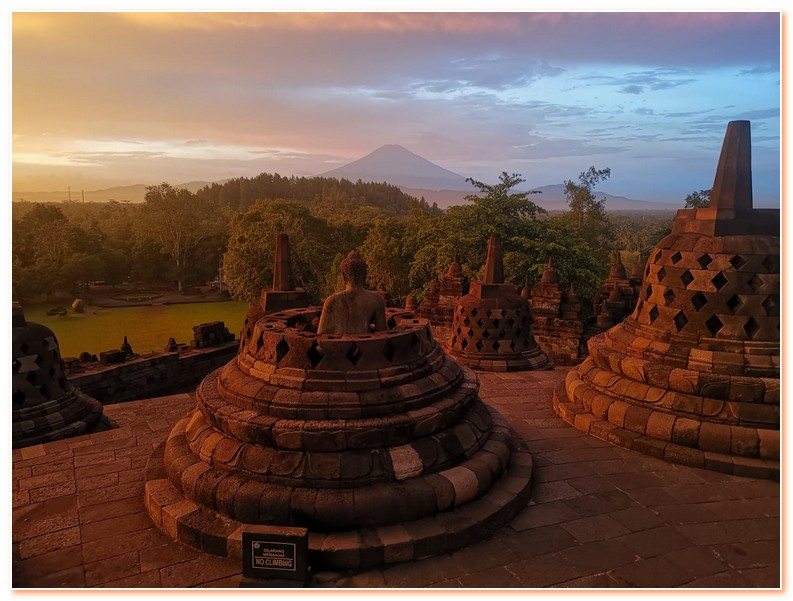 Borobudur Temple Beautiful Wonder Of The World
