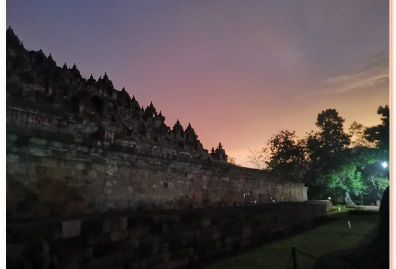 Borobudur Sunrise Tour without staying at Manohara Hotel.
