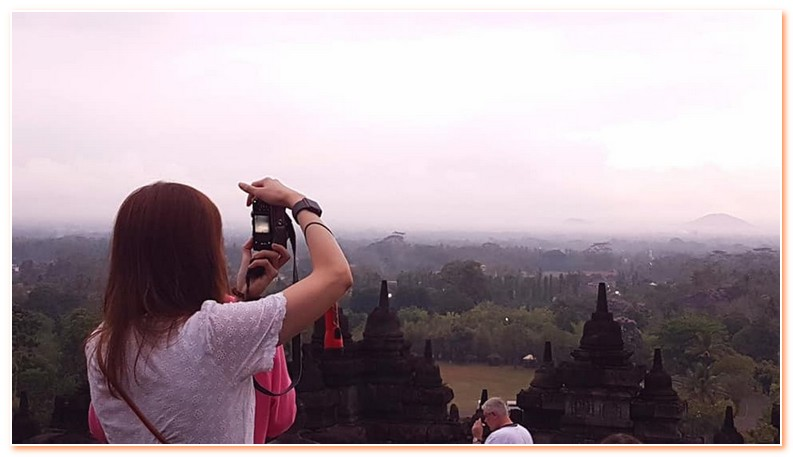 Yogyakarta Morning Tour with Borobudur Temple Sunrise