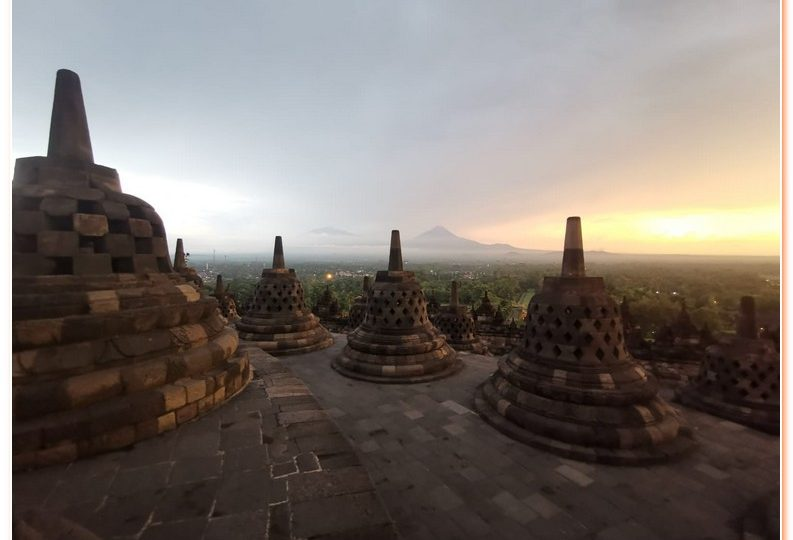 Everyone should experience a Borobudur sunrise