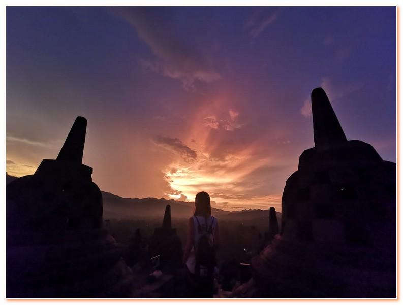 Borobudur Temple Sunrise Tour Yogyakarta