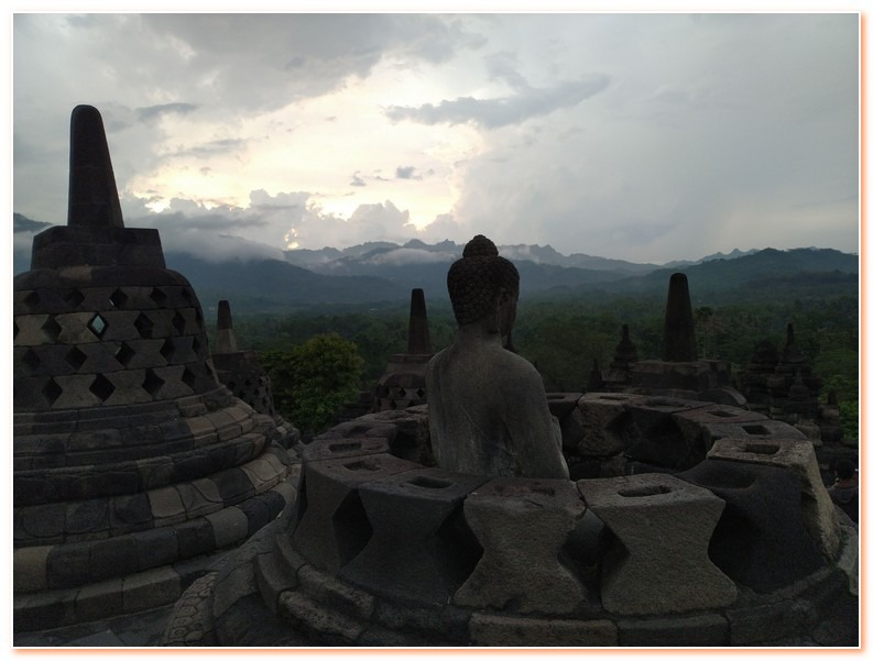 Borobudur Temple Sunrise Trip